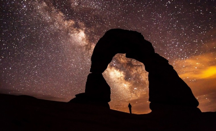 delicate-arch-896885_960_720.jpg